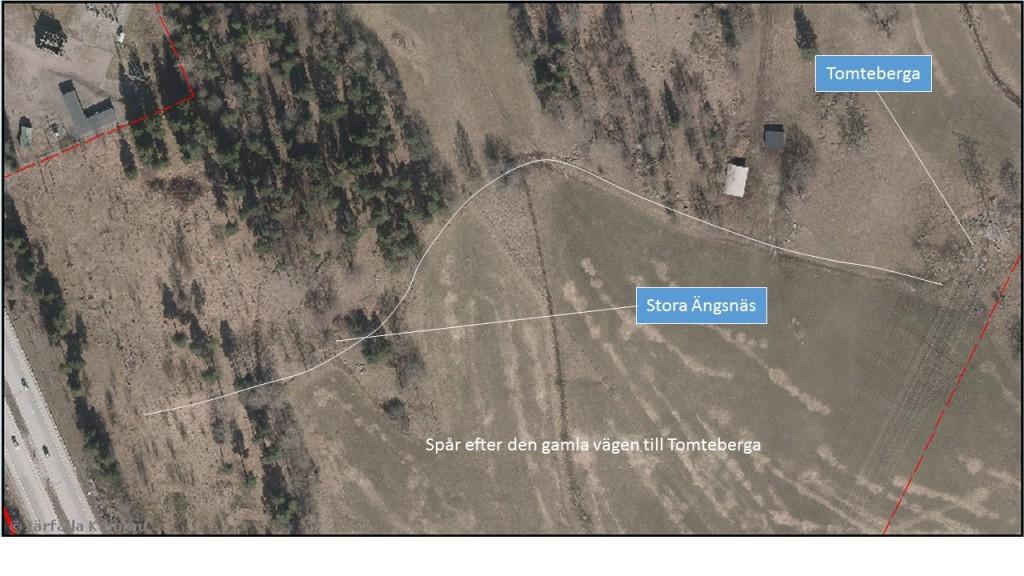 Ortofoto över området. Den vita linjen visar den körväg som finns på ovanstående karta.